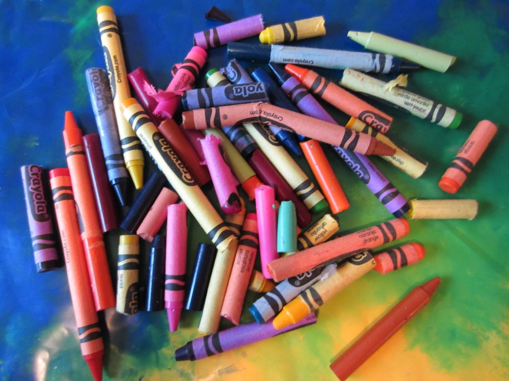 Valentine's Day Crayons (Recycled Crayon Hearts)  (1/6)