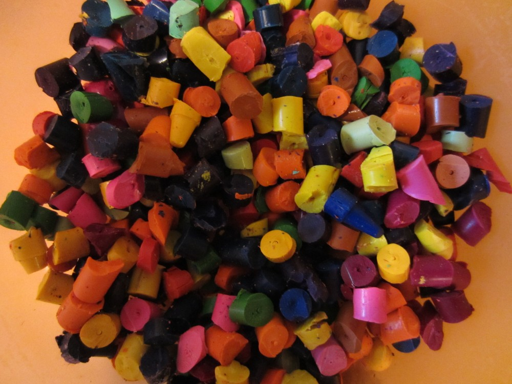 Valentine's Day Crayons (Recycled Crayon Hearts)  (4/6)