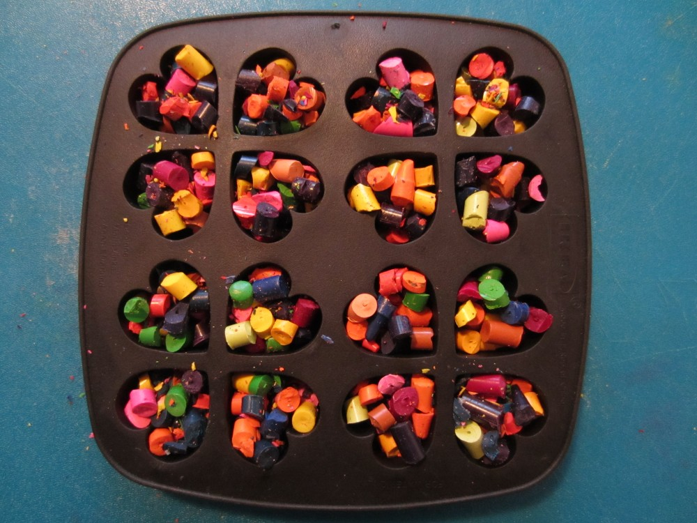 Valentine's Day Crayons (Recycled Crayon Hearts)  (5/6)