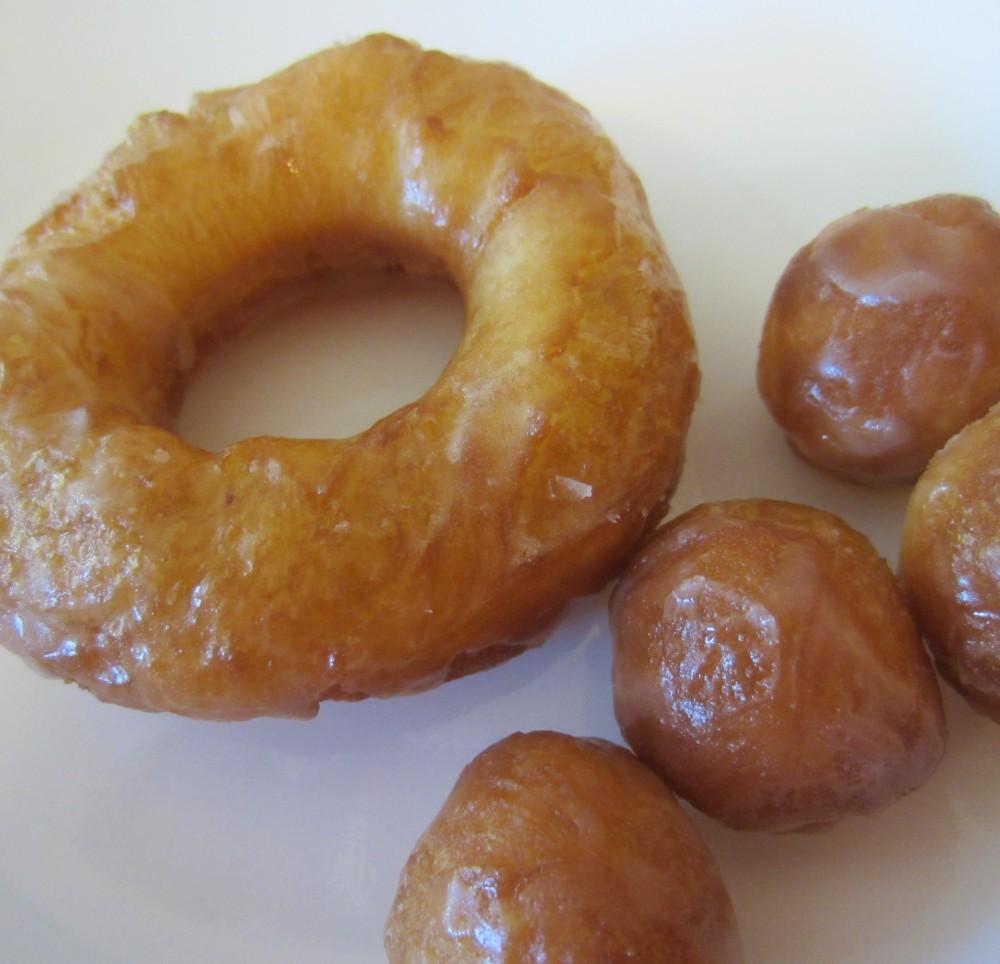 Homemade 'Krispy Kreme' Donuts (1/6)